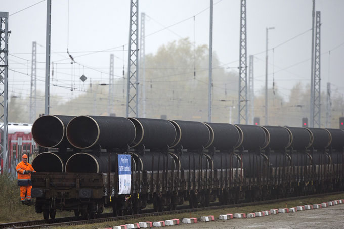 Pipe delivery for the Nord Stream 2 pipeline in October 2016 in Mukran on the island of Rügen. Photo: Nord Stream 2 / Axel Schmidt